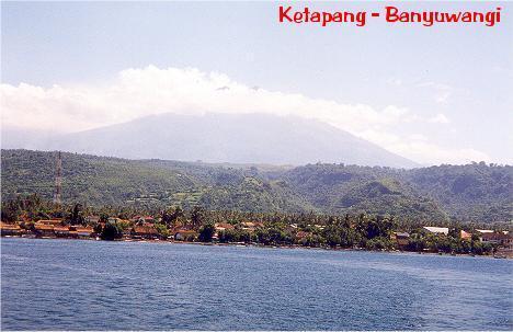 1797732-Port_Ketapang_in_Banyuwangi-Banyuwangi